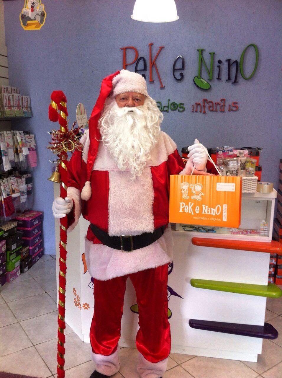 Papai Noel na Pek & Nino Kids Store